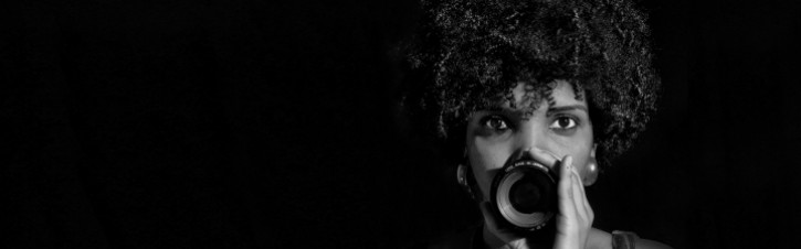 7724-fulana-de-tal-conheca-a-diretora-negra-por-tras-do-filme-cinzas